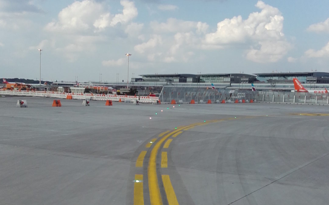 L'aeroporto di Amburgo sceglie le luci a LED di OCEM